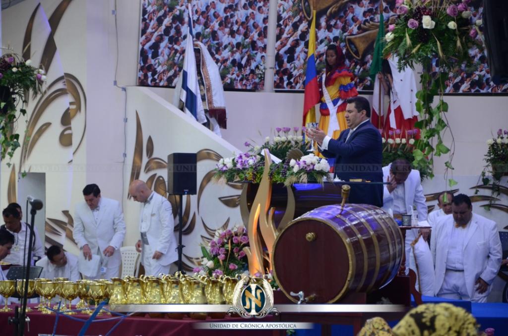 02-14-2015_uca_santa_cena_colombia12
