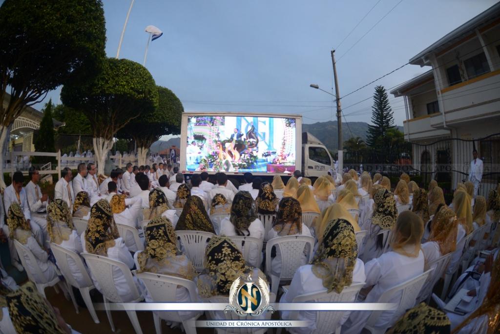 02-14-2015_uca_santa_cena_colombia5