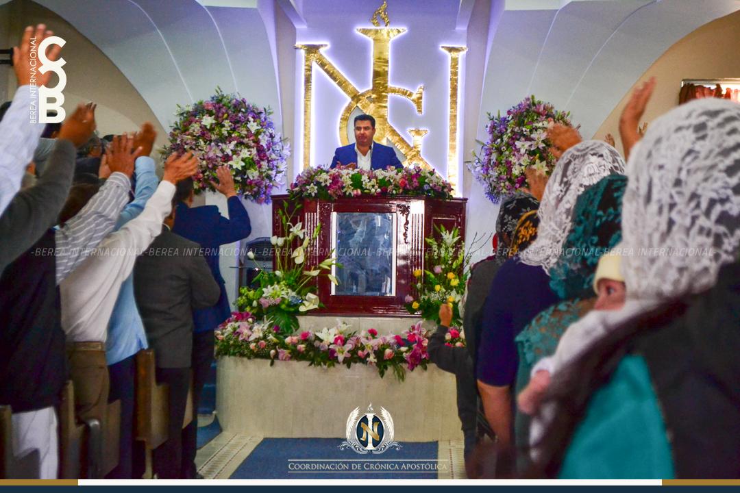 Apóstol Naasón Joaquín visita San Juan del Río, Querétaro. Abril 7, 2017