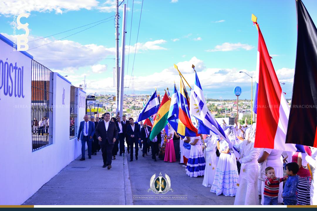 Apóstol Naasón Joaquín García visita la colonia Nazario Ortiz en Aguascalientes Mexico en la 11a Etapa de su Gira Universal 2