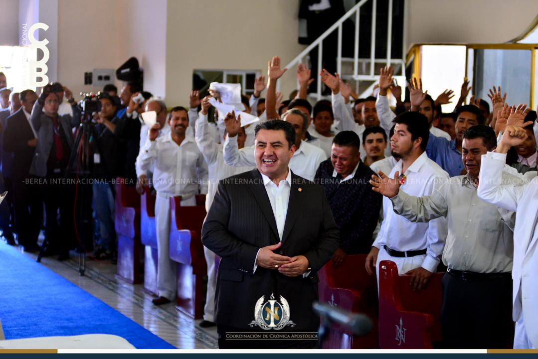 Apóstol Naasón Joaquín García visita la colonia Nazario Ortiz en Aguascalientes Mexico en la 11a Etapa de su Gira Universal 4