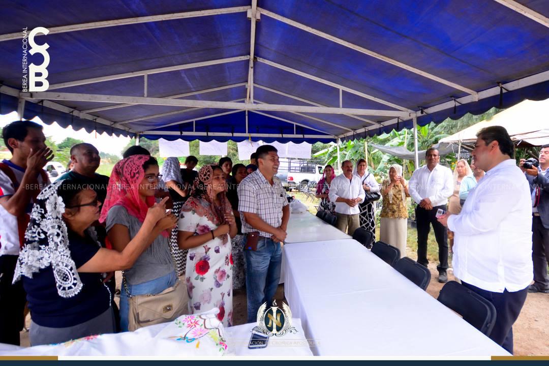 Apostol-de-Jesucristo-Naason-Joaquin-Garcia-visita-El-Testerazo-Tepic-Nayarit-Mexico.jpg