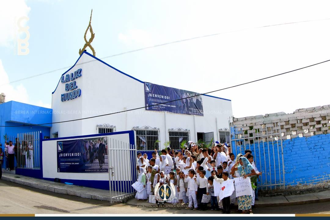 El-Apóstol-Naasón-Joaquín-García-visita-La-Esperanza-en-Tepic-Nayarit-México.jpg