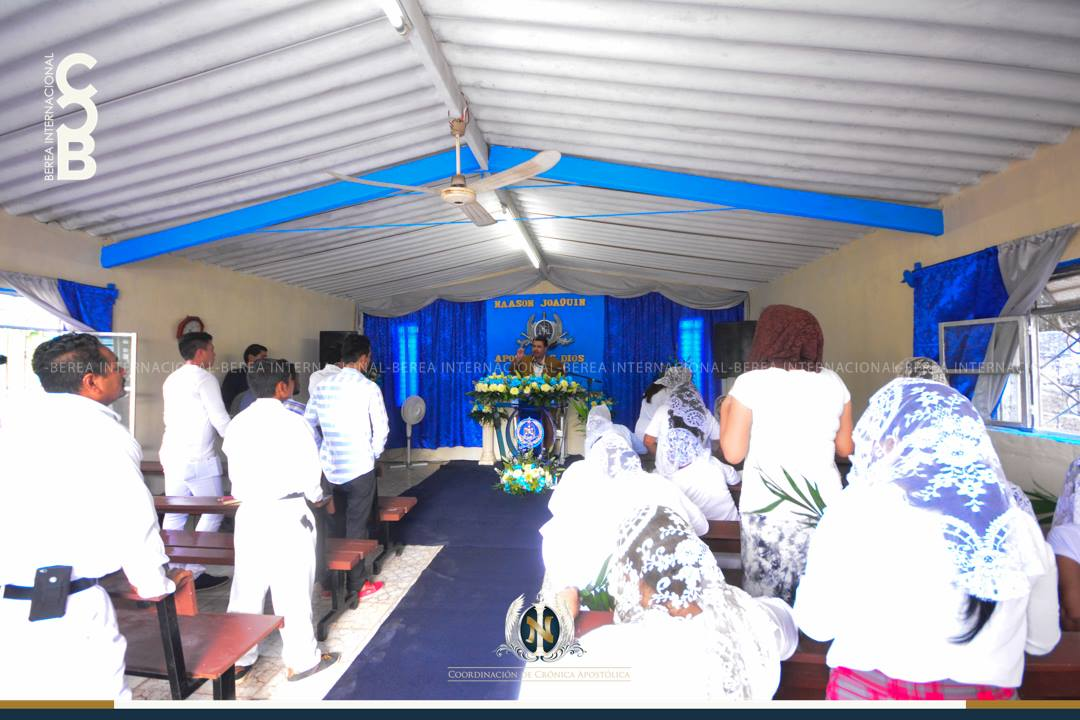 El-Apóstol-Naasón-Joaquín-García-visita-Trapichillo-Nayarit-México.jpg